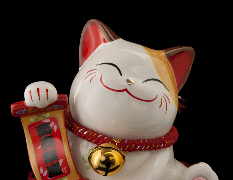 Японский талисман манеки неко - манящая кошка | красота спасет мир?