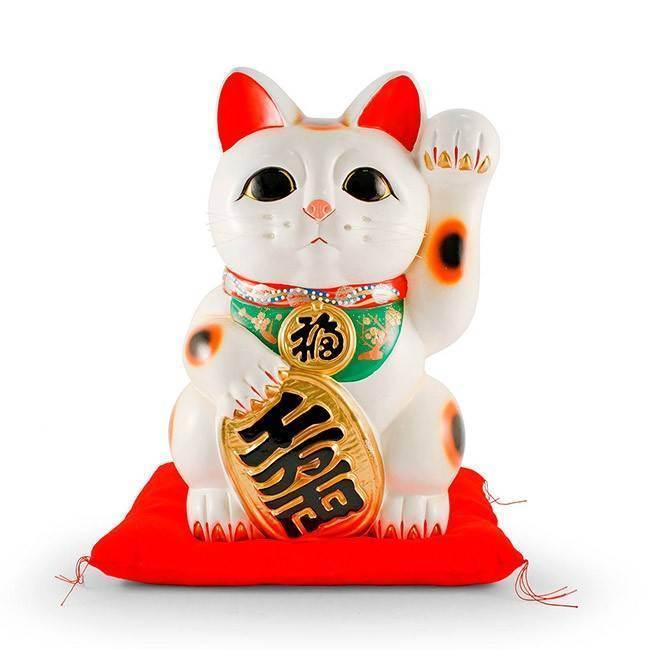 Кошачий символ манеки-неко. куда ставить, цвет и настроение кошек манэки-нэко