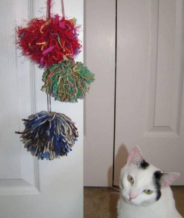 Как сделать игрушку для кошки своими руками в домашних условиях