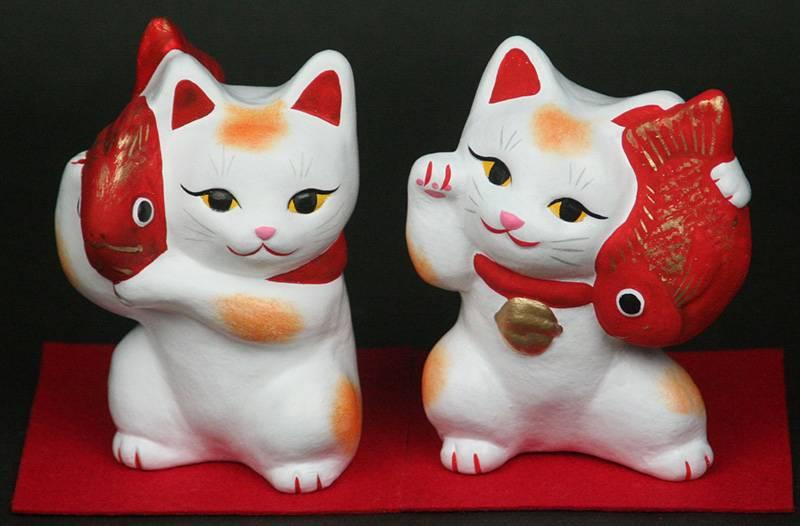Талисман манэки-нэко – японская кошка для счастья и удачи