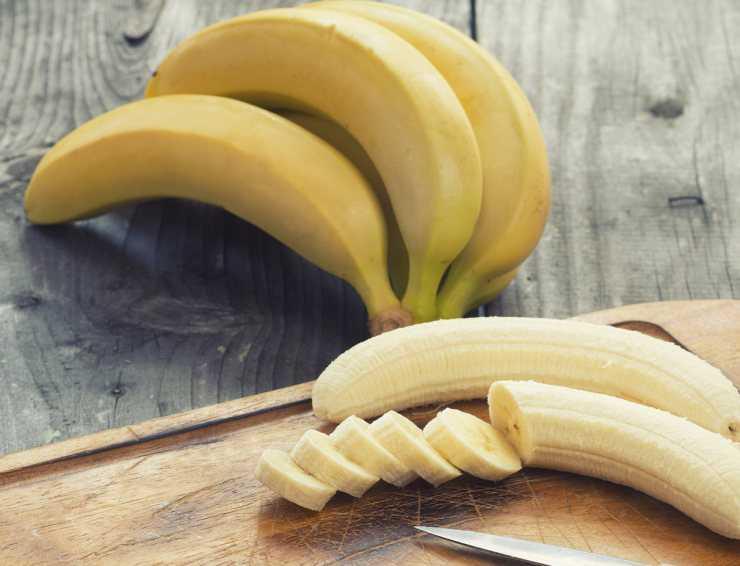 Бананы для женщин: польза и вред, чем полезны?